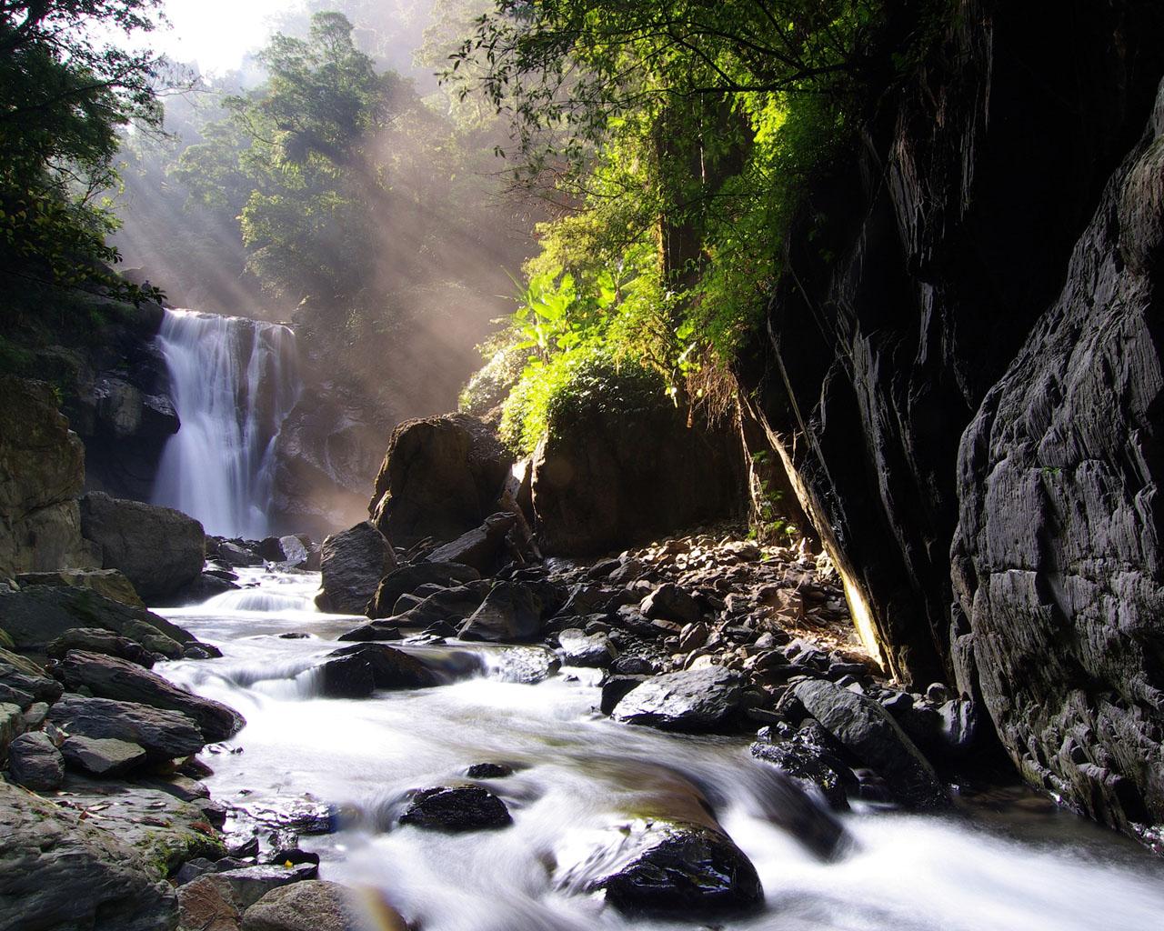 Izvori, potoci i rijeke - Page 6 Tapetynaplochu-org-1280x1024-15062009090455