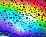 Obrázek - Vodní kapky na barevné duze