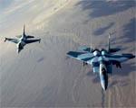 Obrázek - Stíhače F-15 Eagle a F-16 Falcon průlet v tandemu