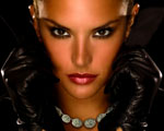 Obrázek - Topmodelka Alessandra Ambrosio představující novou kolekci šperku