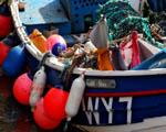 Obrázek - Běžné vybavení rybářské loďky