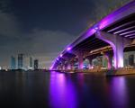 Obrázek - Osvětlený most Miami