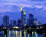 Obrázek - Frankfurt těsně před východem slunce