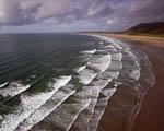 Obrázek - Dlouhá pláž s ideálními vlnami pro surfaře