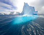 Obrázek - Modrý vysoký ledovec