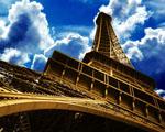Obrázek - Eifelova věž v ostrém úhlu