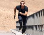 Obrázek - Utíkající James Bond