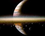 Obrázek - Elektrické pole kolem planety Saturn
