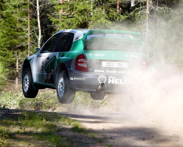 Obrázek na plochu v rozlišení 1280 x 1024 - Škoda Fabia WRC testování ve Finsku ver2