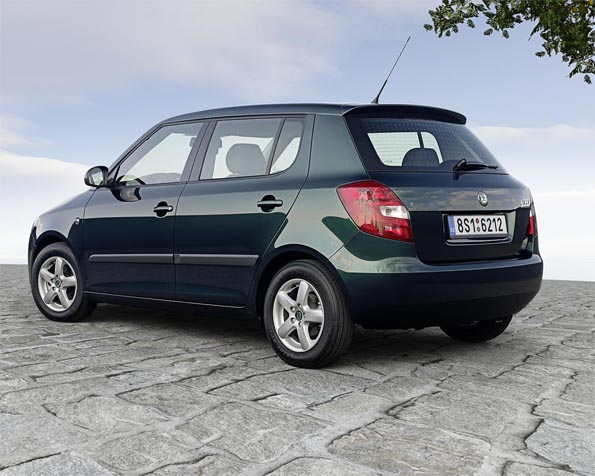 Obrázek na plochu v rozlišení 1280 x 1024 - Škoda Fabia Greenline