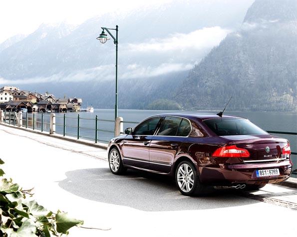 Obrázek na plochu v rozlišení 1280 x 1024 - Škoda Superb