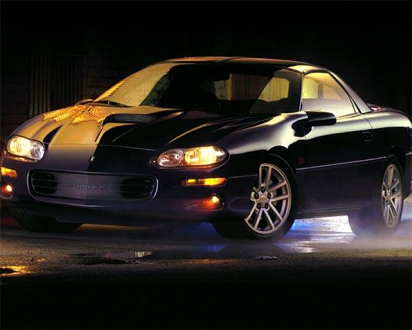 Obrázek na plochu v rozlišení 1280 x 1024 - Starý Chevrolet Camaro