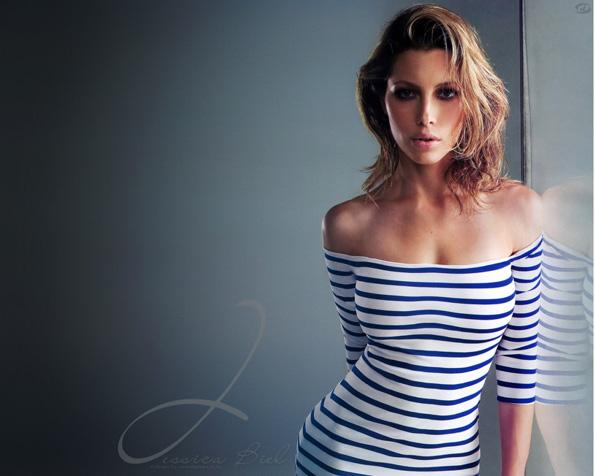 Obrázek na plochu v rozlišení 1280 x 1024 - Jessica Biel v námořnickém oděvu