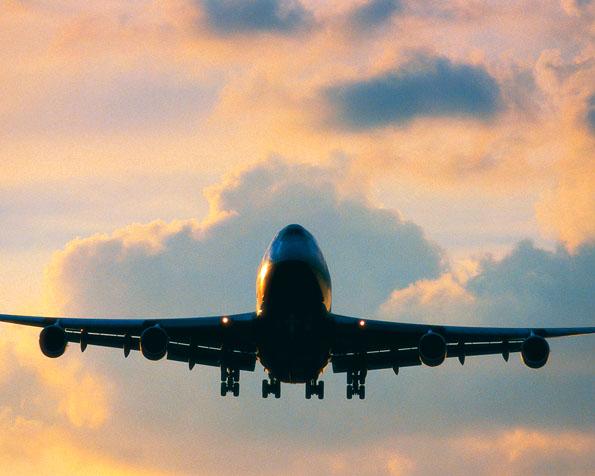 Obrázek na plochu v rozlišení 1280 x 1024 - Přistání dopravního letadla