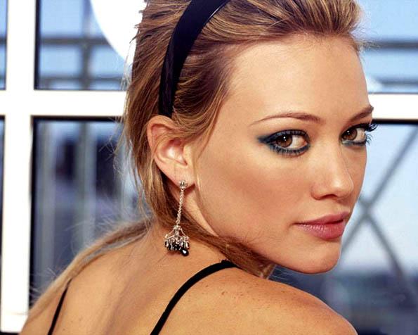 Obrázek na plochu v rozlišení 1280 x 1024 - Zpěvačka Hilary Duff