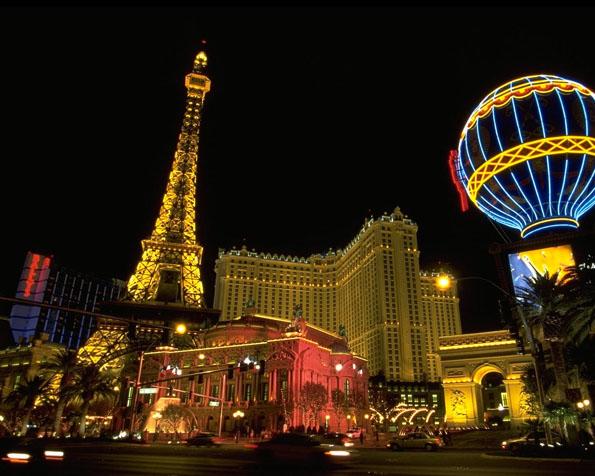 Obr�zek na plochu v rozli�en� 1280 x 1024 - Pa�� v Las Vegas