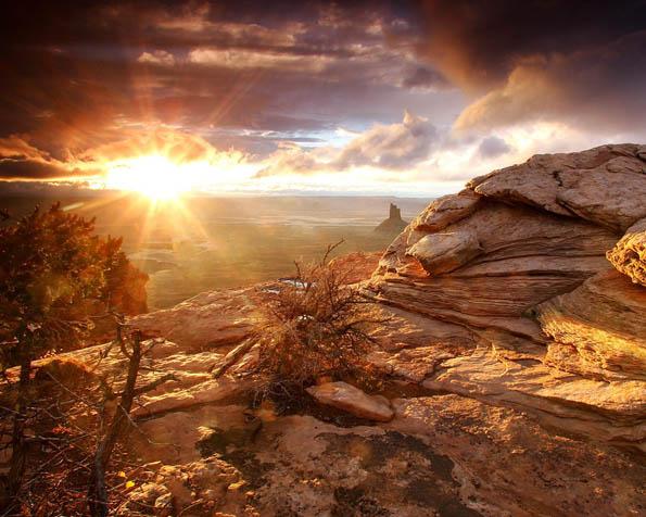Obrázek na plochu v rozlišení 1280 x 1024 - Východ slunce v Arizoně