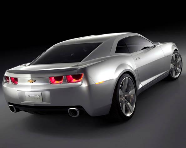 Volba: tapeta v rozlišení 1280 x 1024 - Stříbrné Chevrolet Camaro zadní pohled