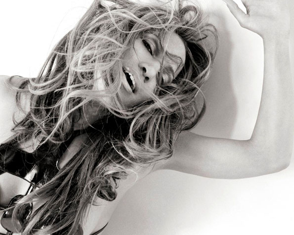 Volba: tapeta v rozlišení 1280 x 1024 - Jennifer Lopez