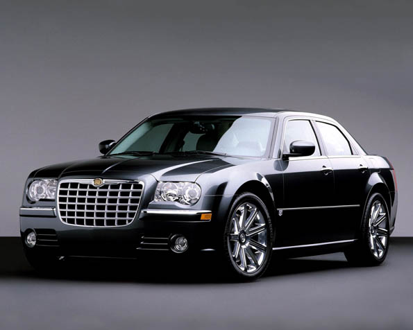 Obrázek na plochu v rozlišení 1280 x 1024 - Luxusní sedan značky Chrysler