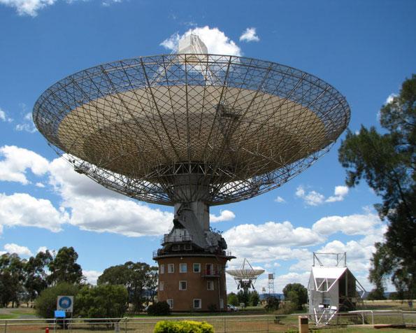 Obrázek na plochu v rozlišení 1280 x 1024 - Vesmírný teleskop Austrálie