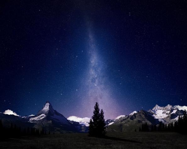 Obrázek na plochu v rozlišení 1280 x 1024 - Noční obloha Švýcarských Alp