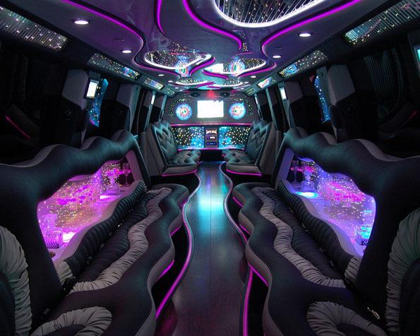 Obrázek na plochu v rozlišení 1280 x 1024 - Interiér luxusní limuzíny