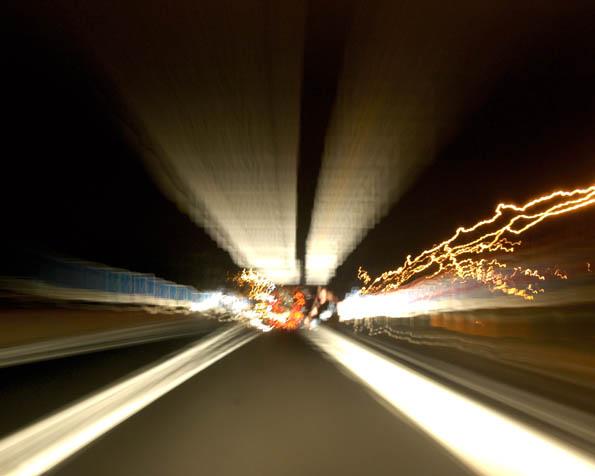 Obrázek na plochu v rozlišení 1280 x 1024 - Nejvyšší povolená rychlost