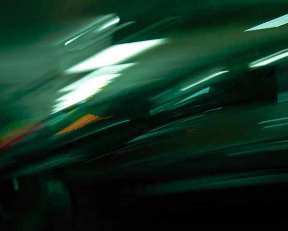 Obrázek na plochu v rozlišení 1280 x 1024 - Focení za jízdy v autě