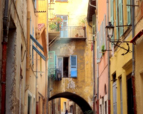 Obrázek na plochu v rozlišení 1280 x 1024 - VilleFranche Francie