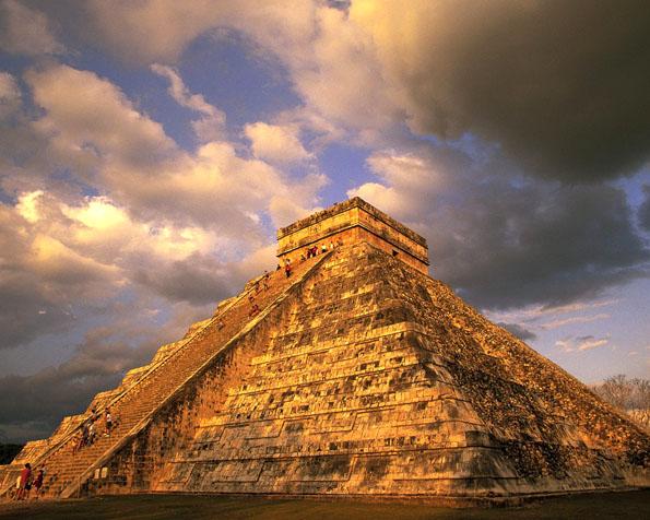 Volba: tapeta v rozlišení 1280 x 1024 - Pyramida Chichen Itza v Mexiku