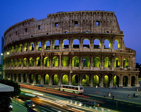 Obrázek na plochu v rozlišení 1280 x 1024 - Římské koloseum