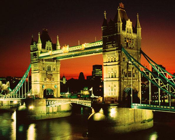 Volba: tapeta v rozlišení 1280 x 1024 - Tower Bridge v Londyně
