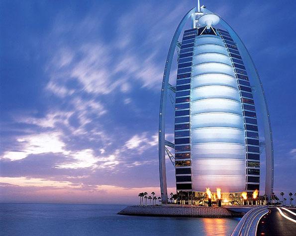 Obrázek na plochu v rozlišení 1280 x 1024 - Burj al Arab v Dubaji
