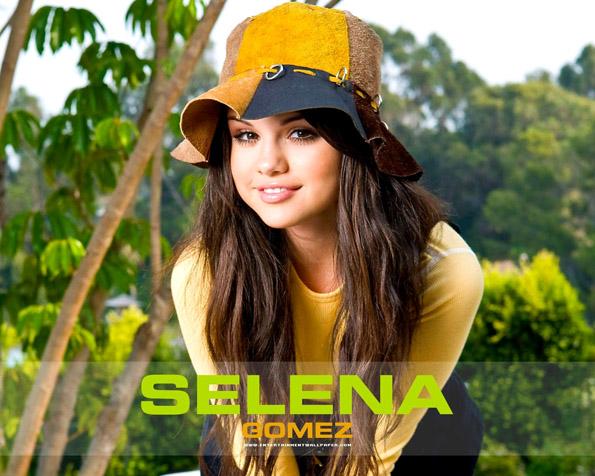 Obrázek na plochu v rozlišení 1280 x 1024 - Selena Gomez dětská hvězda