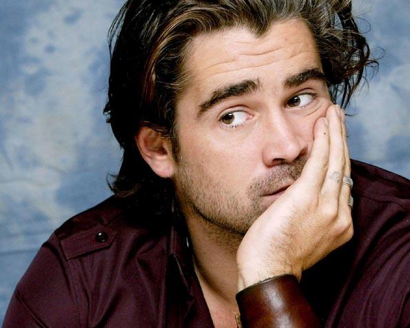 Volba: tapeta v rozlišení 1280 x 1024 - Colin Farrell s dlouhými vlasy