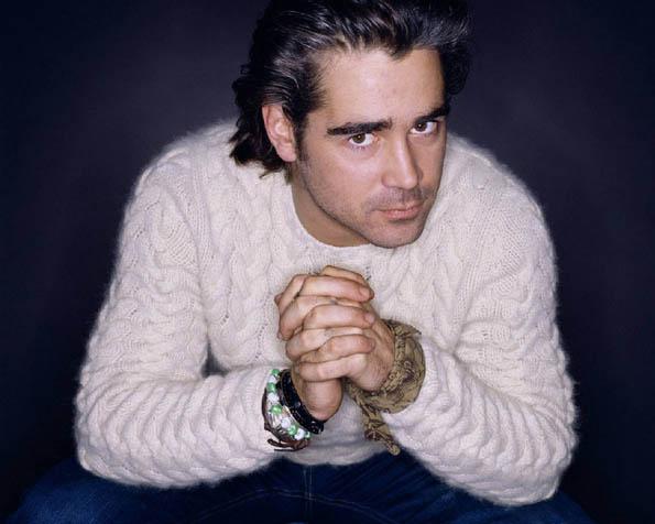 Volba: tapeta v rozlišení 1280 x 1024 - Colin Farrell v bílém svetru