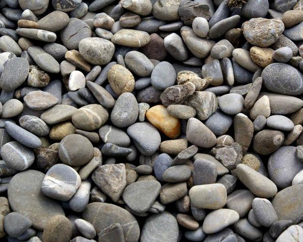 Volba: tapeta v rozlišení 1280 x 1024 - Plážové kameny