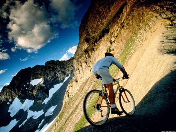 Obrázek na plochu v rozlišení 1280 x 1024 - Výlet na kole