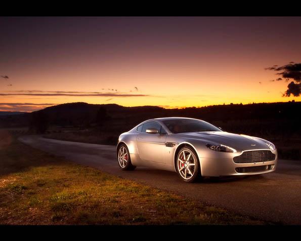 Volba: tapeta v rozlišení 1280 x 1024 - Aston Martin 4