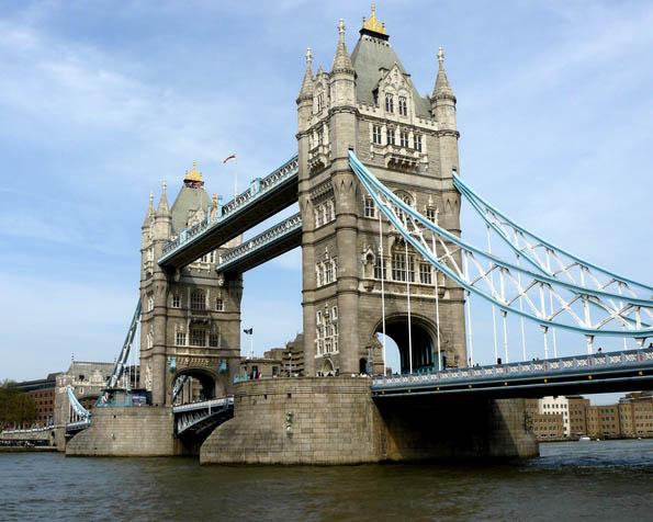 Volba: tapeta v rozlišení 1280 x 1024 - Londýnský most