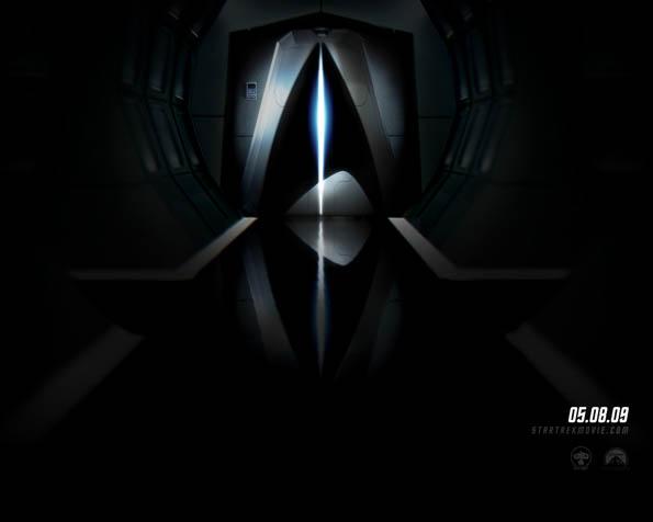 Obrázek na plochu v rozlišení 1280 x 1024 - Tajemně vyhlížející dveře vesmírné lodi federace