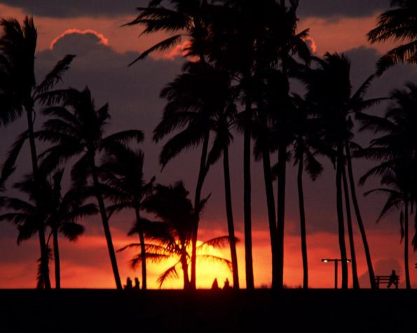 Obrázek na plochu v rozlišení 1280 x 1024 - Více než romantický západ slunce