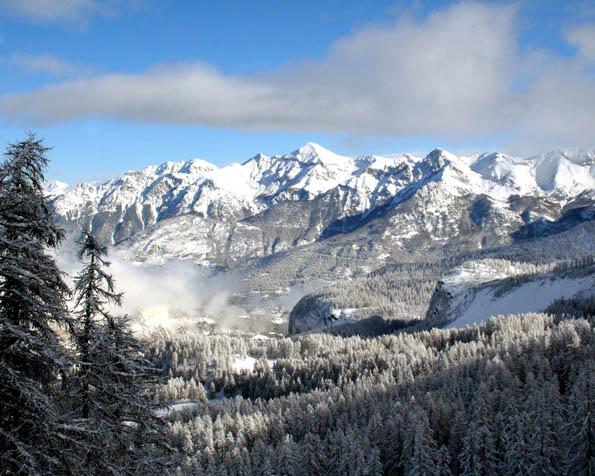 Volba: tapeta v rozlišení 1280 x 1024 - Krásné horské panorama