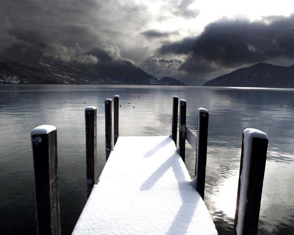 Obrázek na plochu v rozlišení 1280 x 1024 - Jezero v zimě