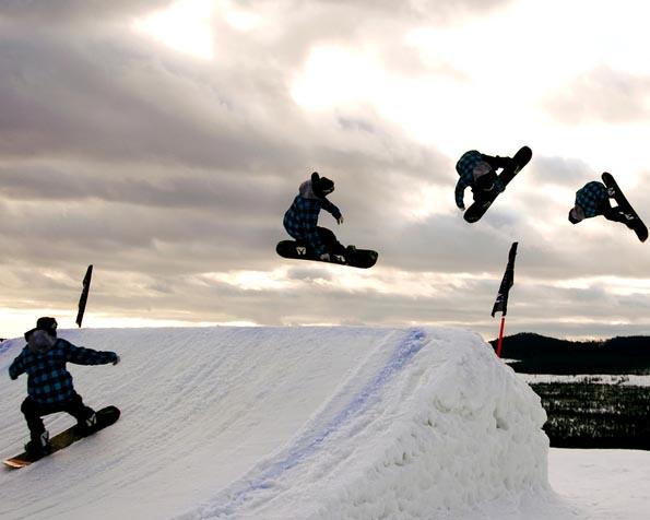 Obrázek na plochu v rozlišení 1280 x 1024 - Snowboarding