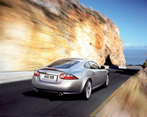 Volba: tapeta v rozlišení 1280 x 1024 - Jaguar